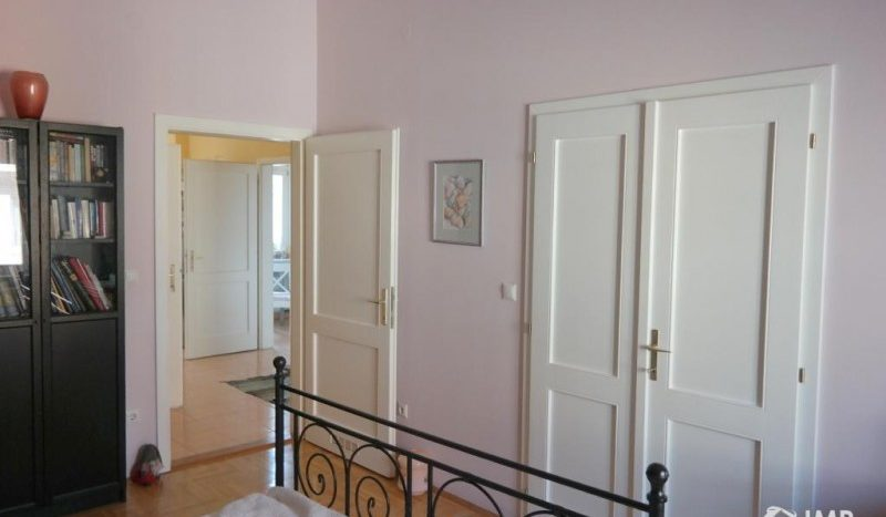 eladó Lakás - Budapest IX. kerület  Ferenc tér mellett két külön bejáratú la