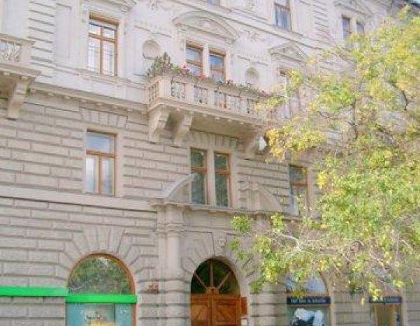eladó Lakás - Budapest V. kerület  Nyugati tér