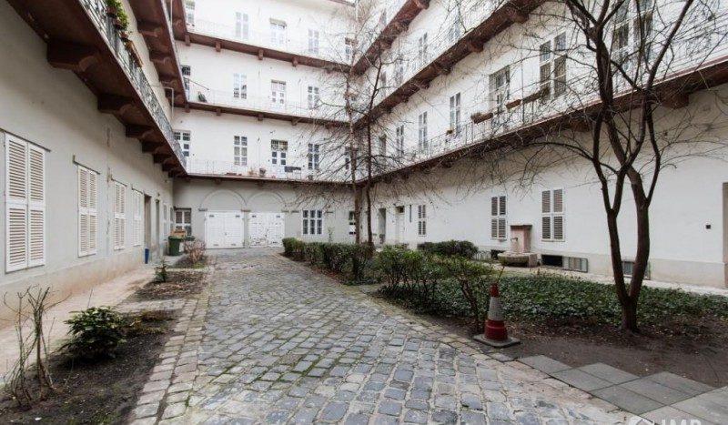 eladó Lakás - Budapest V. kerület  Luxus - Hild tér