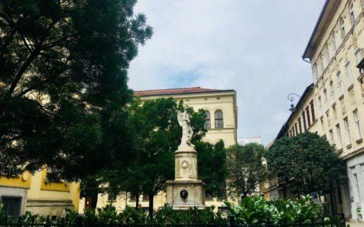 eladó Lakás - Budapest VI. kerület  Liszt Ferenc térnél