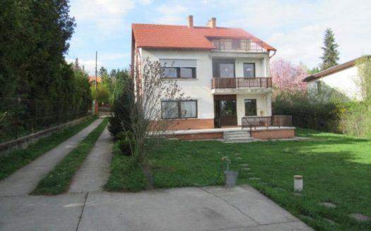 eladó Ház- házrész - Budapest II. kerület  Több generációs ház