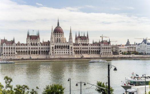 Eladó Lakás - Budapest II. kerület Víziváros Fő utca