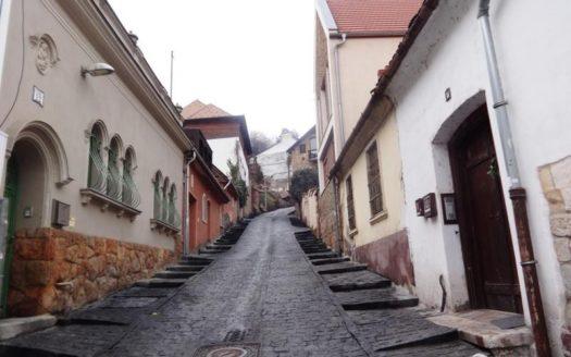 Eladó Ház- házrész - Budapest II. kerület  Igazi Ritkaság