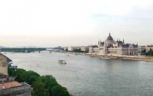 Eladó Lakás - Budapest I. kerület  Fõ utca