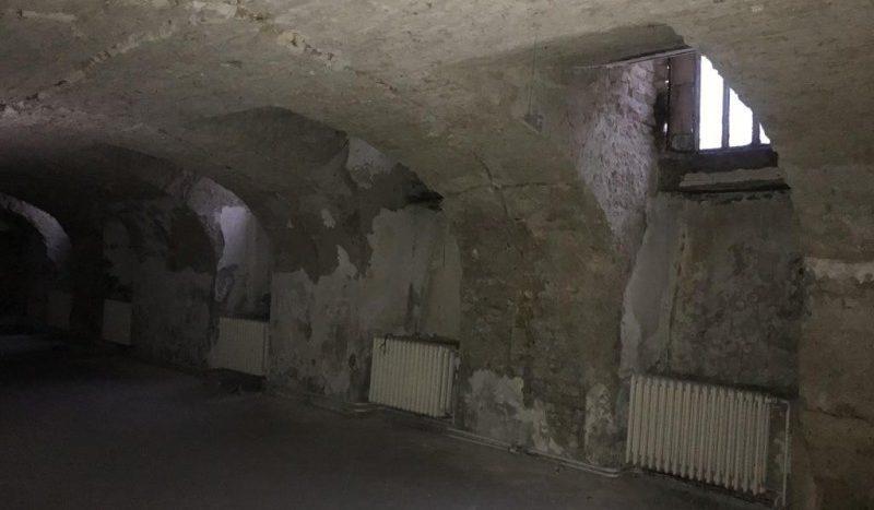 Eladó Kereskedelmi és ipari ingatlan - Budapest VI. kerület  ÜZLETHELYISÉG A KIRÁLY UTCÁBAN!