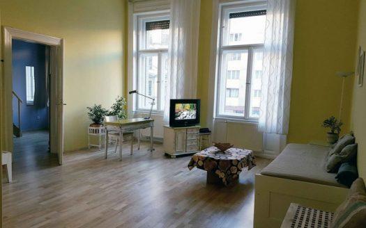 Eladó Lakás - Budapest VIII. kerület Józsefváros - Corvin negyed - Nagykörúton kívül Harminckettesek tere