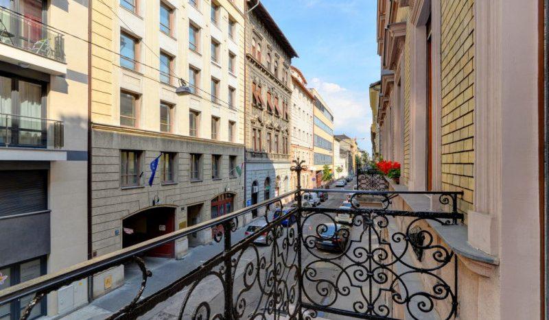 Eladó Lakás - Budapest VI. kerület Terézváros - Nagykörúton kívül Rózsa utca